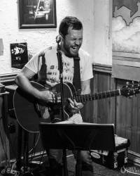 Andy Bennett at the Bike'N'Hound - Photos by Tobias Alexander / Grey Trilby